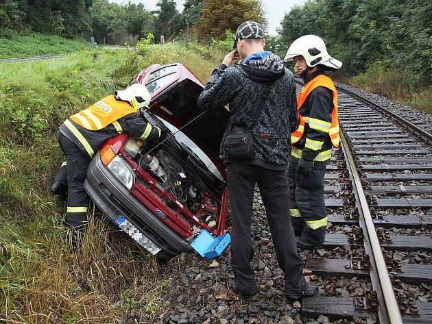 Nehoda u železničního přejezdu v Libočanech