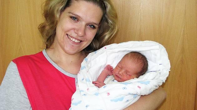Mamince Veronice Markové z Očihova se 7. září 2012 v 8.31 hodin narodil syn Roman Andrle. Vážil 2670 gramů.