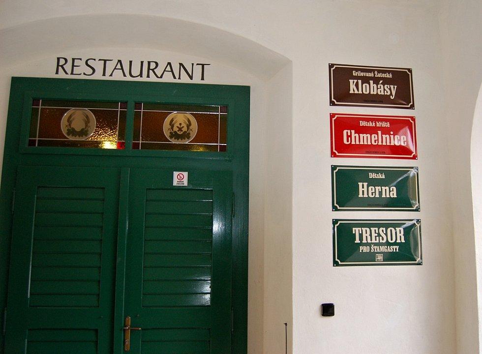 Restaurace U Orloje, která patří ke Chrámu chmele a piva v Žatci. Archivní snímek