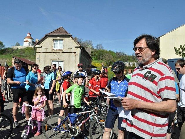 Želkovice byly známé cyklistickou akcí Slavnosti květů