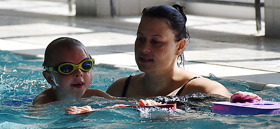 Plavání v žateckém bazénu