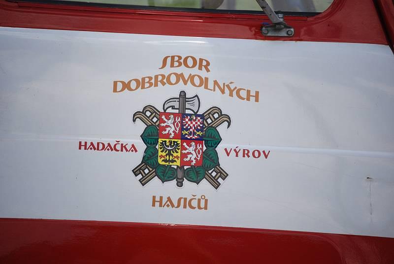 Sobota 3. července v obci Stebno na Lounsku.
