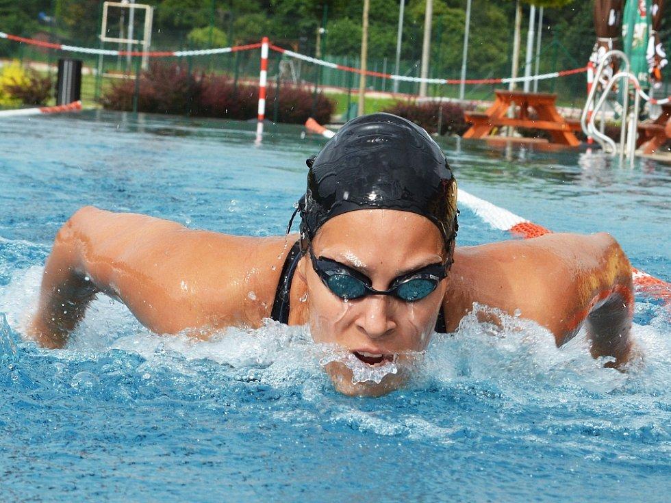 Žatecká plavkyně Lucie Svěcená se loni dokázala probojovat na olympiádu v Riu. Vybojovala tam 27. místo, na evropském šampionátu byla osmá, na mistrovství světa dvanáctá a třináctá.