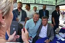 Premiér Andrej Babiš přijel v rámci předvolební kampaně v úterý 10. srpna dopoledne do Loun.