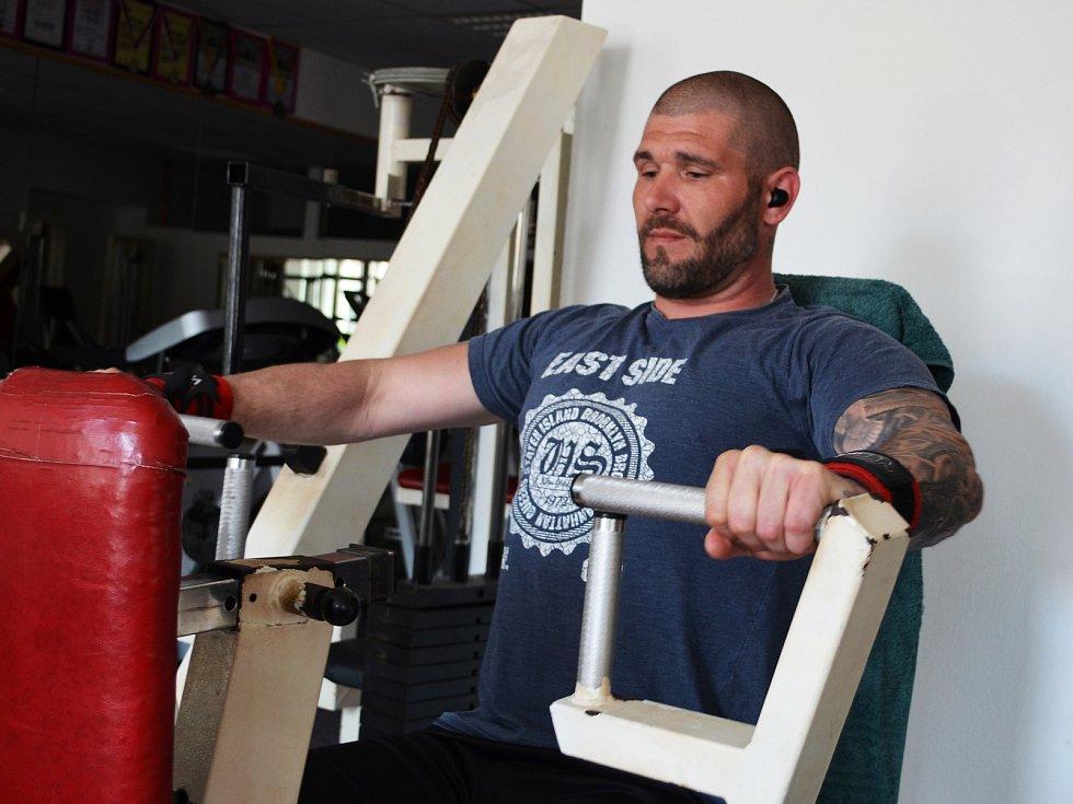 Sportovci se do žatecké posilovny Fitness Halk těšili.