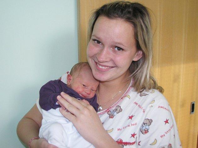 Mamince Haně Špičkové ze Strkovic se 5. listopadu 2013 v 6.45 hodin narodil synek Lukáš Špička. Vážil 2895 gramů a měřil 48 centimetrů.