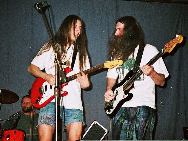 Archivní snímek z vystoupení kapely Plus Naši.