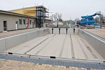 Rozsáhlá rekonstrukce koupaliště v Žatci proběhla v letech 2011 a 2012, město za ni dalo 130 milionů korun.