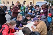Součástí Slovenského víkendu byla sobotní soutěž z pojídání halušek na čas
