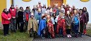 Tříkráloví koledníci vyrazili do okolí z farnosti z Liběšic u Žatce