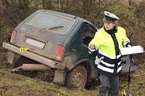 Policisté a hasiči zasahují po tragické nehodě u Blšan.