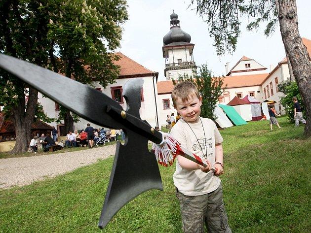 Tradiční Novohradská pouť se uskutečnila o víkendu 17. a 18. května v Jimlíně.