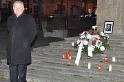 Smrt Jana Palacha si připomněly v Lounech desítky lidí.