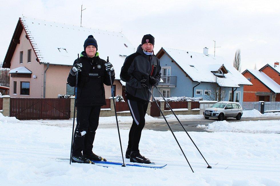 Běžkaři v Podbořanech mohou využít hned několik upravených stop v okolí města. Jeden z okruhů vede například z Podbořan směrem na Hlubany a Buškovice