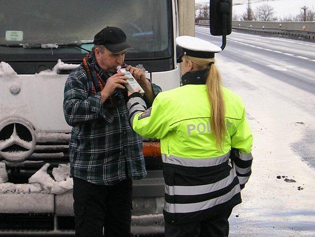 Policejní kontrola u Chlumčan