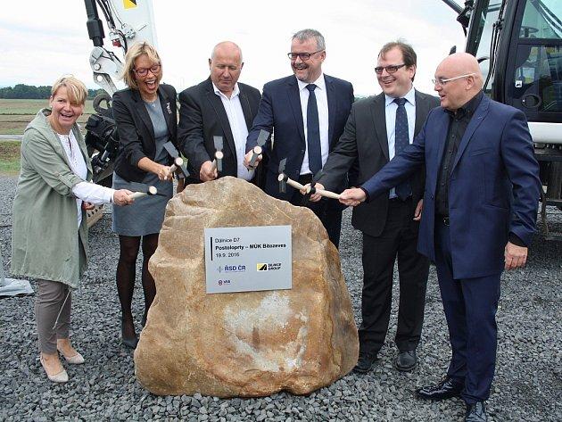 Slavnostní zahájení stavby D7 u Postoloprt