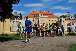 Start první etapy na zámku v Krásném Dvoře.