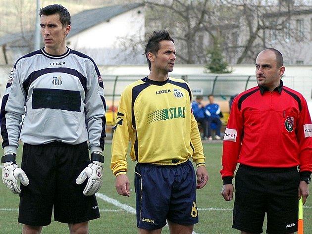 Brankář Martin Svoboda a obránce Jiří Novotný spolu hráli před rokem ve II. lize za Chmel Blšany, pak se jejich cesty rozešly, ale od  tohoto týdne jsou opět v jednom mužstvu, ve druholigové Dukle Praha.