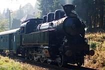 Parní lokomotiva, přezdívaná Všudybylka
