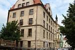 Bývalá sušárna a sklad chmele na rohu Smetanova náměstí a Kovářské ulice v Žatci