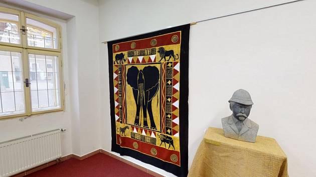 Muzeum nabízí online prohlídku výstavy Tam za řekou Zambezi.