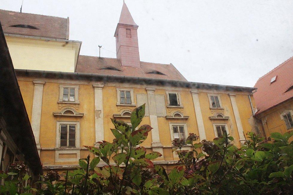 Bývalý klášter v Žatci