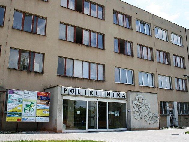 Poliklinika v Lounech