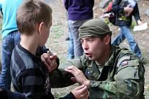Týden s armádou v Žatci pokračoval v letním kině. Ukázkami a soutěžemi