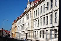 Gymnázium V. Hlavatého Louny