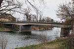 Most Nikose Belojannise přes řeku Ohři v Žatci