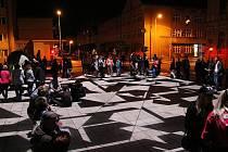 V souvislosti se záměrem dokonce v Lounech vznikl celý nový festival projekcí a videomappingu. Při něm návrh promítají přímo na místo, kde by měl vzniknout