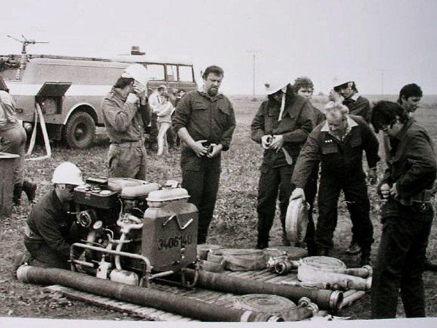 Tentokrát se podíváme za dobrovolnými hasiči do Chlumčan