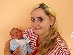 Tomáš Kaše se narodil 19. února 2018 ve 13.15 hodin rodičům Lucii Novákové a Petru Kašemu z Nepomyšli. Vážil 2870 g a měřil 49 cm.