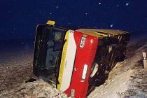 Havárie linkového autobusu nedaleko Sulce