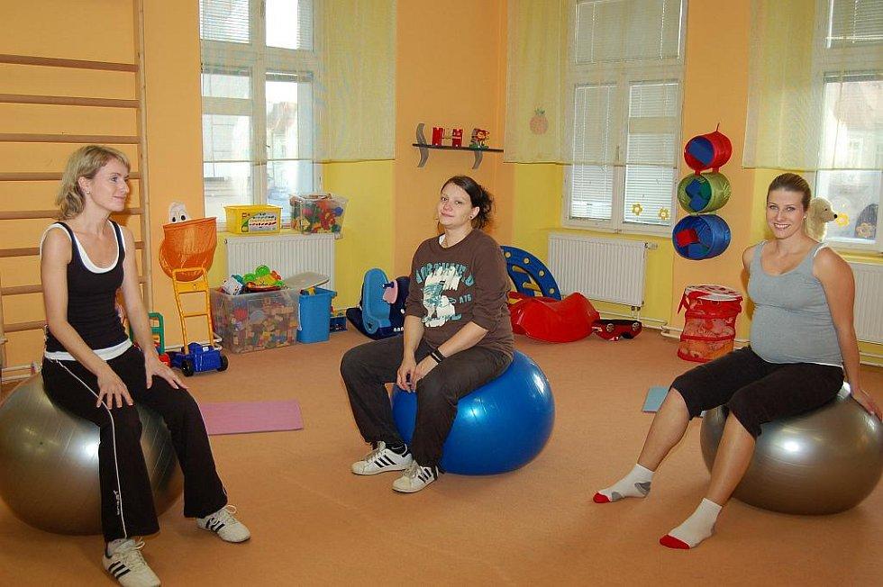 Cvičení budoucích maminek v Žatci.