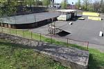 Místo nevyužívaného hokejbalového hřiště vyroste hřiště na míčové sporty.