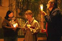 Tajemná noční vycházka se svíčkami a tematickým čtením při Noci kostelů v roce 2012