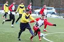 Hráči Postoloprt (červenobílí) porazili v sobotu tým Černovic 12:0
