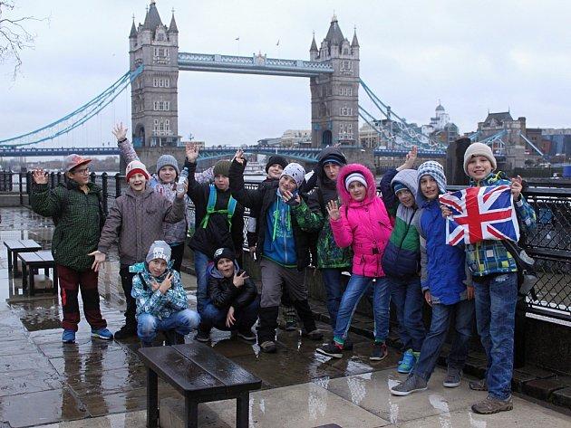 Školáci z měcholupské školy v Londýně