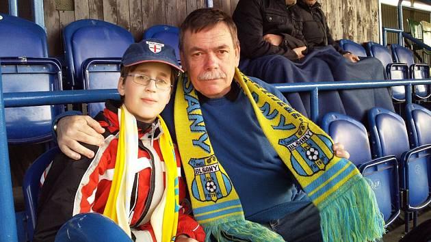 Jaromír Hykl s vnukem
