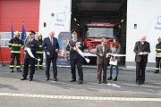 V průmyslové zóně Triangle u Žatce se v úterý 9.4. slavnostně otevřela nová požární stanice.