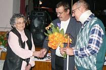 Hlavní oceněnou byla dlouholetá dobrovolná spolupracovnice organizace Zdeňka Sochorová.