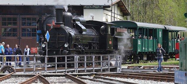 Vsobotu 15.května znovu otevřelo železniční muzeum Českých drah vLužné uRakovníka.