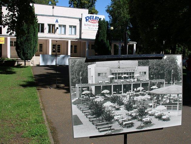 Pavilon A na lounském výstavišti. Před ním fotografie, jak vypadal vroce 1931. Tuto podobu by měl po rekonstrukci získat.