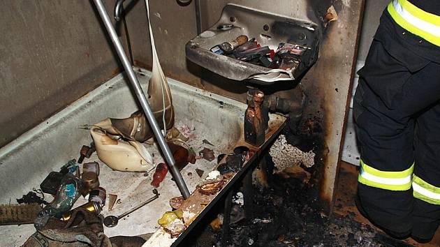 Požár v bytě v Postoloprtech