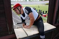 Krajská soutěž v požárním sportu na stadionu Tatranu v Podbořanech