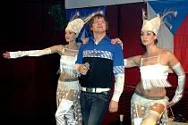 Na plese vystoupil kromě jiných i stále oblíbený Petr Kotvald.