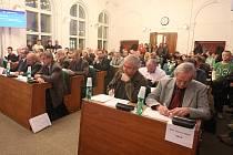 Jednání zastupitelů v Lounech