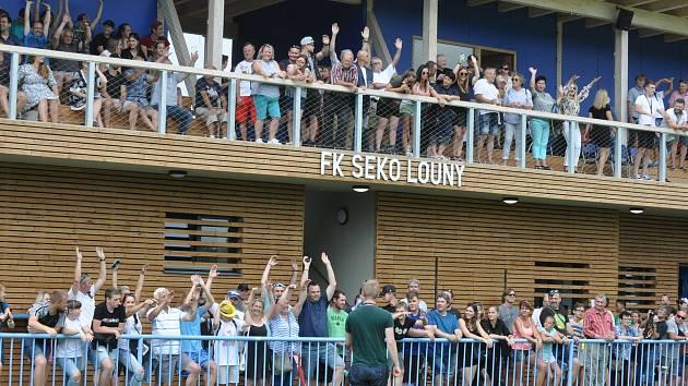 Exhibiční utkání Sigiteamu s výběrem Loun proběhlo při příležitosti otevření zrekonstruovaného areálu FK Louny.