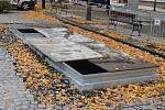 Příprava na podzemní kontejnery na Mírovém náměstí v Lounech